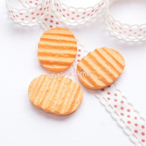 Realistic Fake Food Biscuit Resin Cabochon - 6 pieces