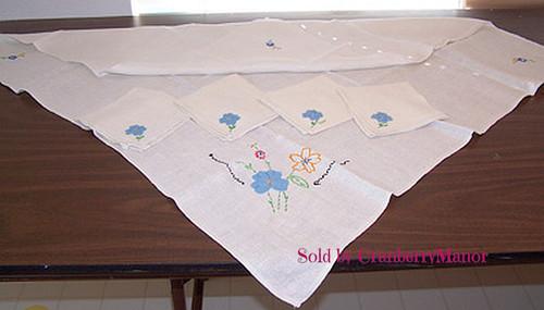 Bridge or Card or Tea Tablecloth and 4 Napkin Set, Vintage Mid Century Linen Gift