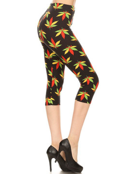 Wholesale Buttery Soft Summertime Marijuana Plus Size Capris