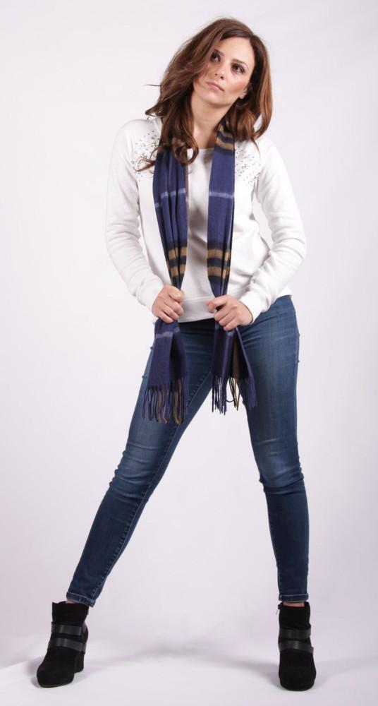 Ivet   Lambswool scarf