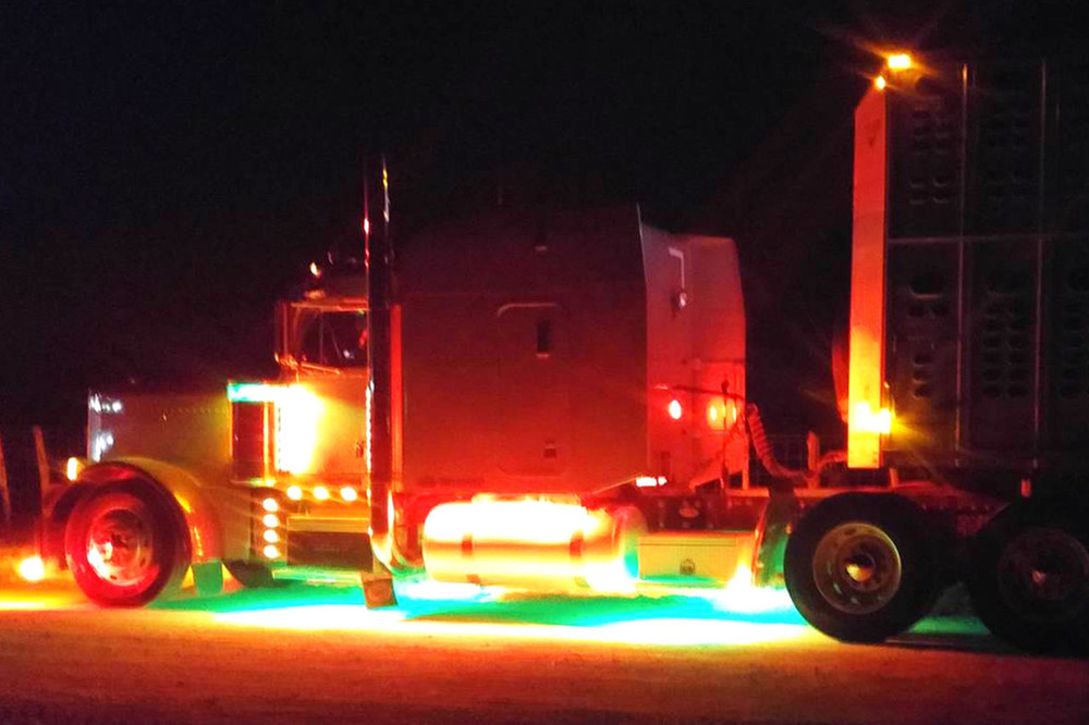 Picture Of Big Rig Headlights : Semi truck led light kit