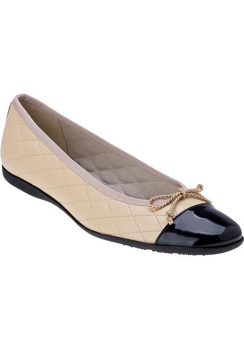 Passport Ballet Flats Camel Leather Jildor Shoes
