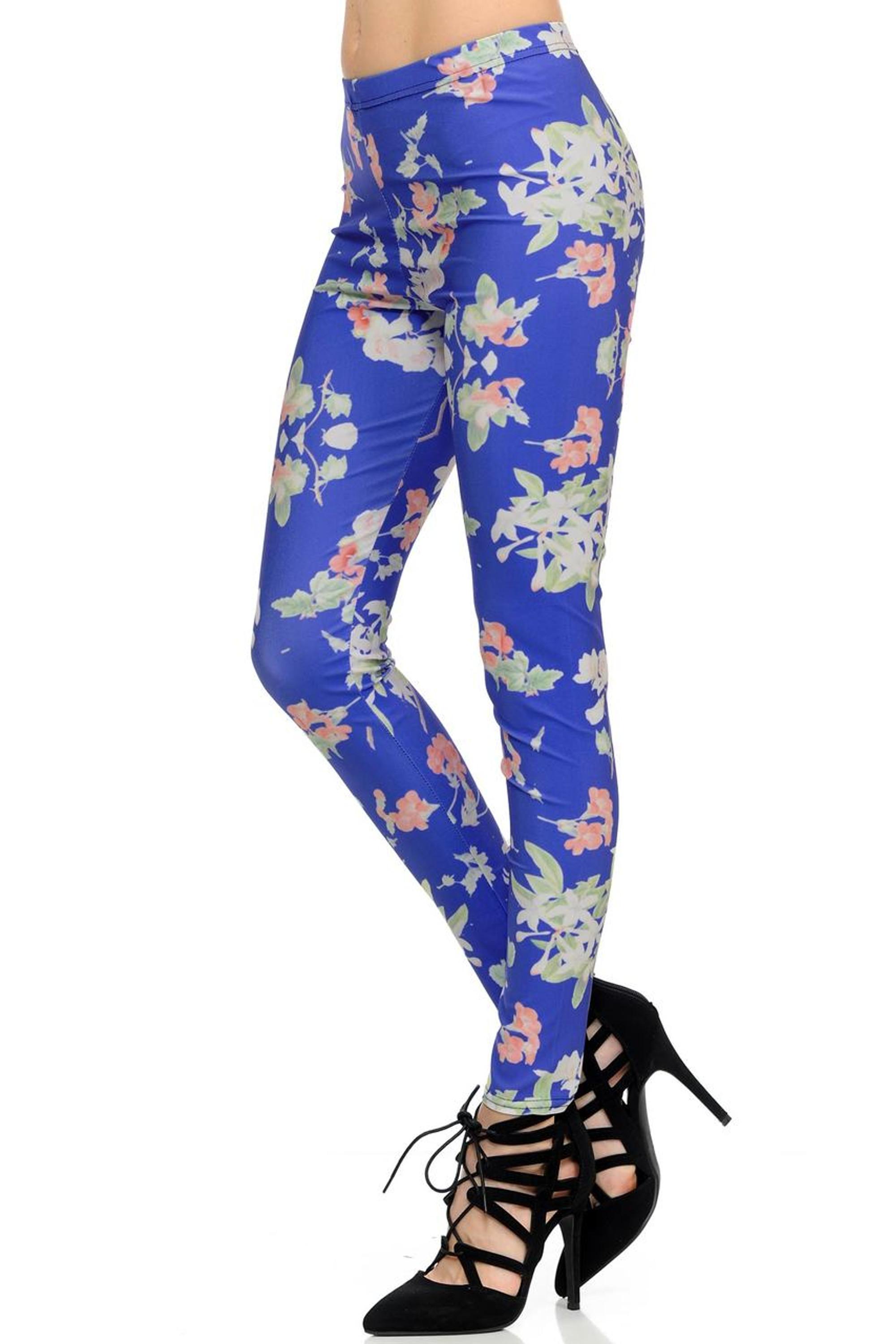 Wholesale Graphic Blue Blooming Flowers Leggings | Leggings ...