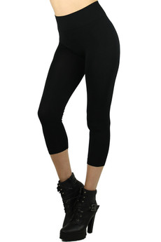 Left Side Image of Wholesale Basic Spandex Capri Leggings