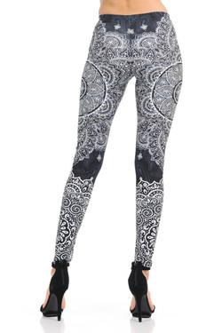 Wholesale Premium Graphic Monochrome Paisley Mandala Leggings