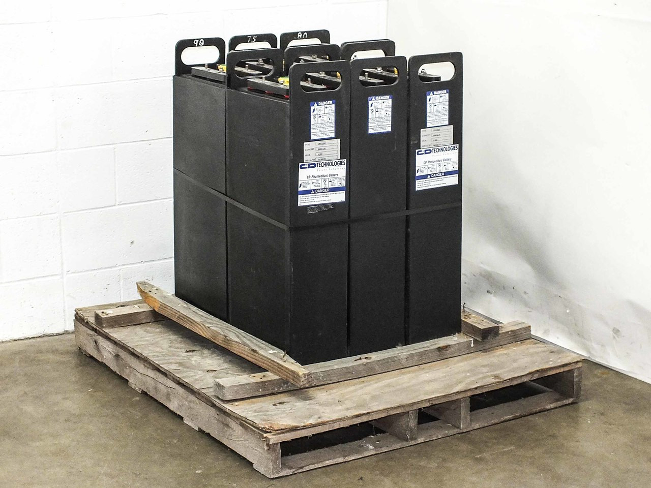 C Amp D Technologies Cpv2500 Lot Of 6 Cp 12 Volt Off Grid