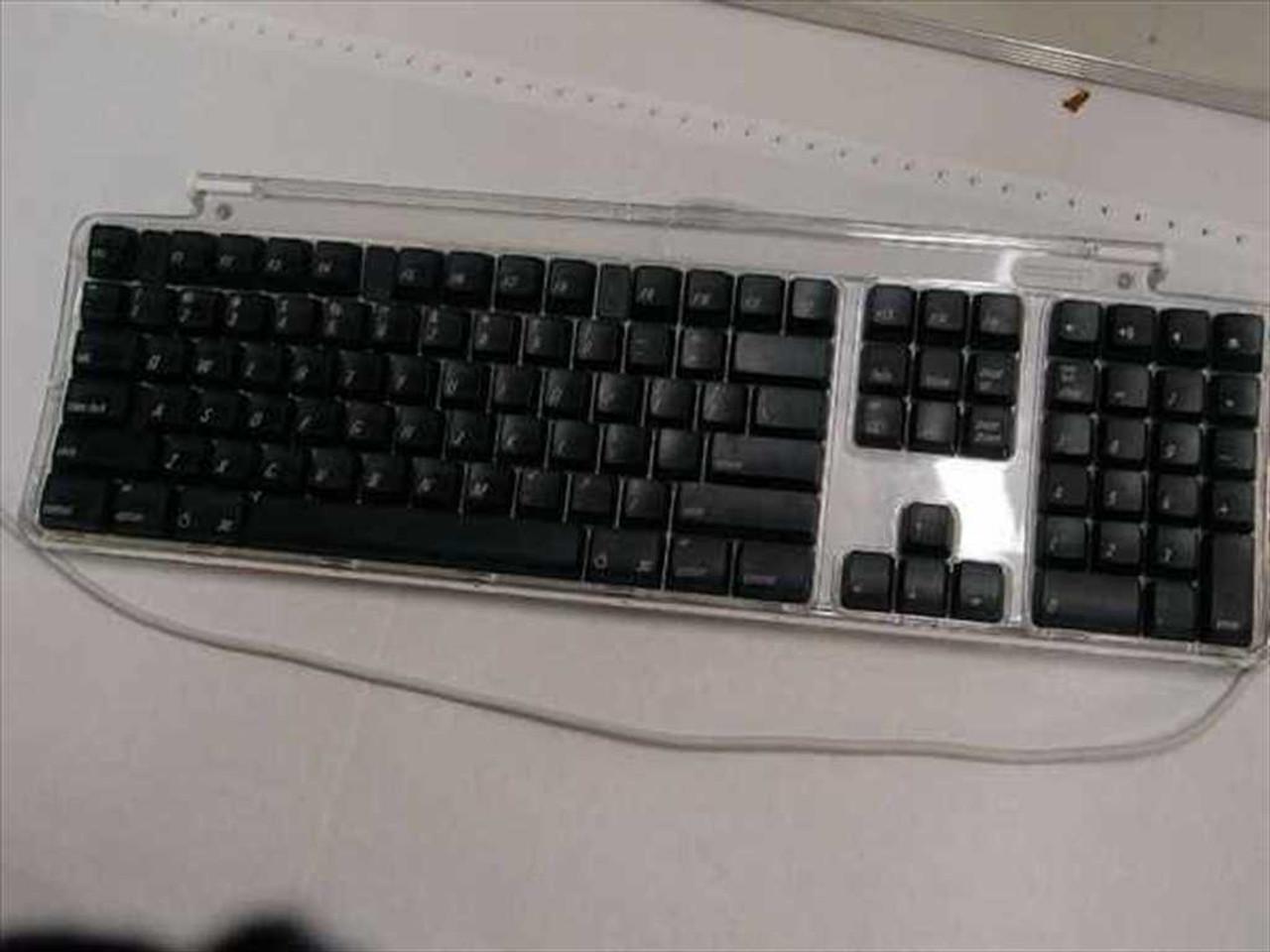 how to clean keyboard keys on macbook pro
