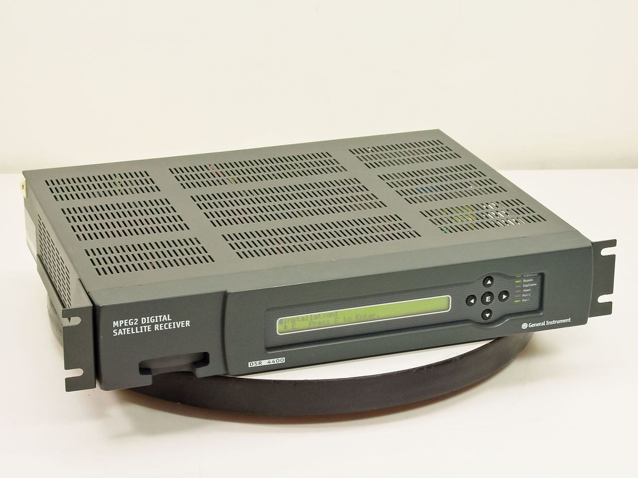 General Instrument DSR4400 MPeg2 Digital Satellite Receiver | RecycledGoods.com