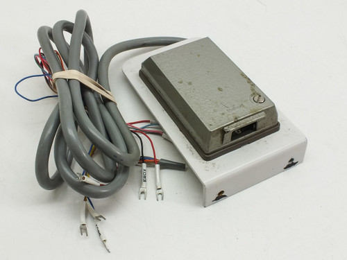 Access with DB-15 Port and Cabling Locking Cover (Panel)