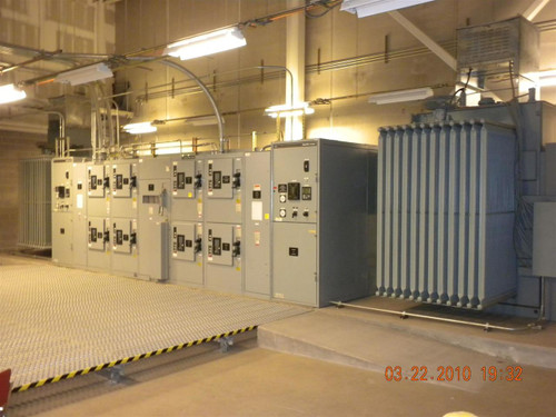 GE Industrial Systems 2500KVA  Double Ended Substation Electrical Switchgear 1247