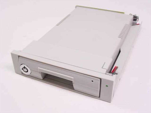Plugger Bay  SI-117  IDE Laptop Hard Drive Swap Tray