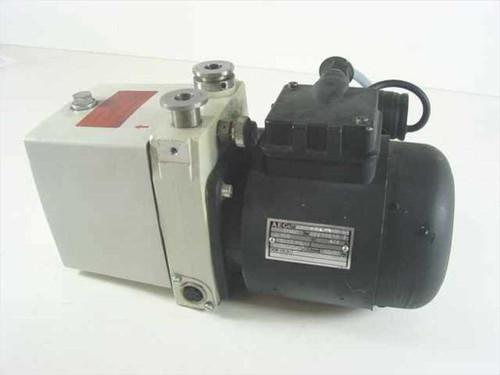 Pfeiffer Balzers DUO 1.5 A  Vacuum Pump 1.5 M3/H .13 KW 110V 50/60Hz