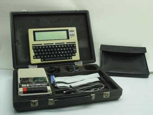 Tandy Radio Shack TRS-80 Model 100  Portable Computer in Case with Software