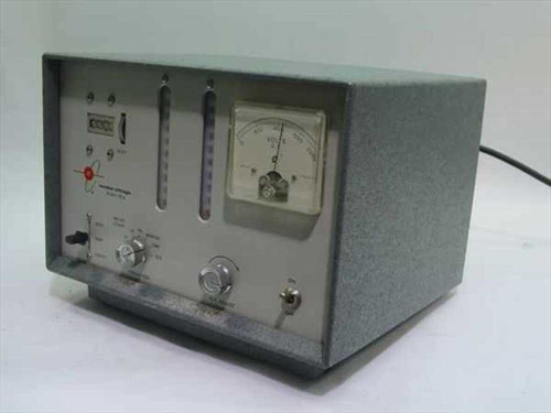 Nuclear-Chicago 151A  Voltmeter/Scaler Model 151A grey