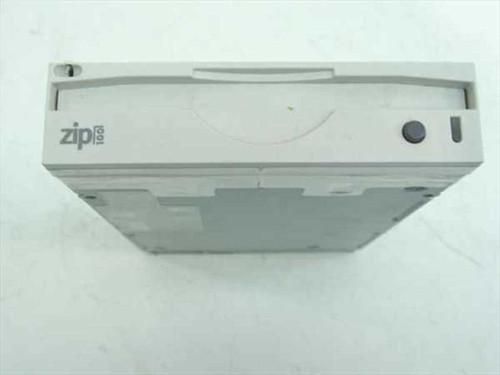 Iomega 02874A00  Zip 100 Drive Internal IDE P/N 320056-01 - Z100iDE