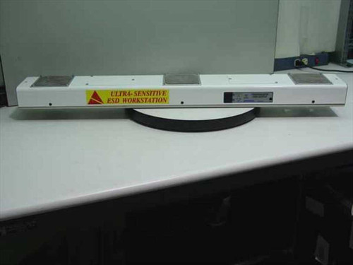 """Desco 60600  Chargebuster 40"""" High Output Overhead Ionizer"""