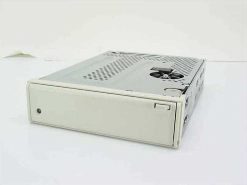 "Tandberg TDC 4220  4.0 GB 5.25"" HH SCSI Internal Tape Drive"