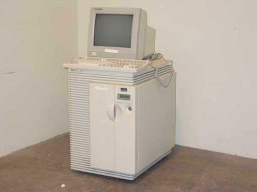 HP  A3061A  HP 9000 K200 A3061A Server