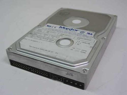 """Maxtor 82560A4  2.5GB 3.5"""" IDE Hard Drive"""
