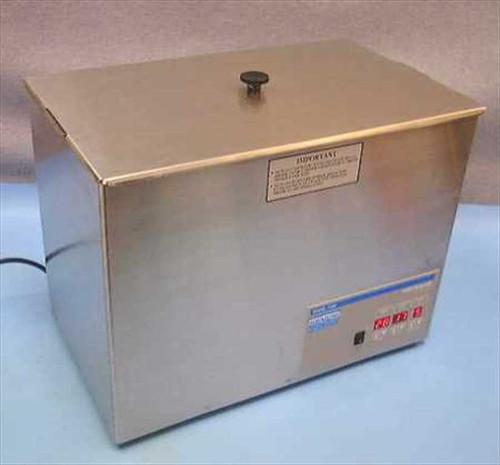 VWR Scientific 750D  7.5 Gallon Aquasonic Ultrasonic Cleaner Water Bath