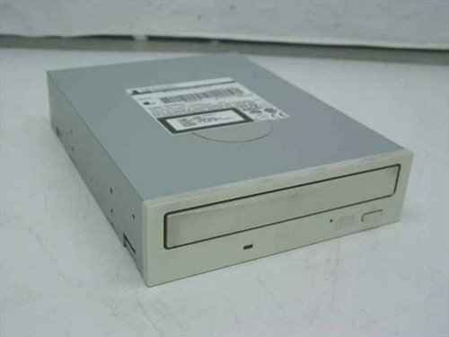 Apple 8x 40x IDE Internal DVD-ROM - SR-8585-F (678-0227)