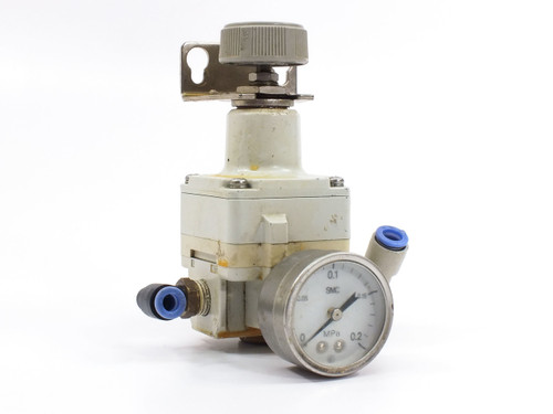 "SMC IR2000-02 Modular Precision Regulator with Gauge 0.005 - 0.2 MPa 1/4"" NPT"