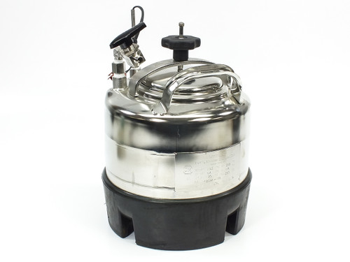 """Apache Stainless 90-2 Portable Pressure Vessel Large Mouth 1/4"""" FNPT 2 Gal"""