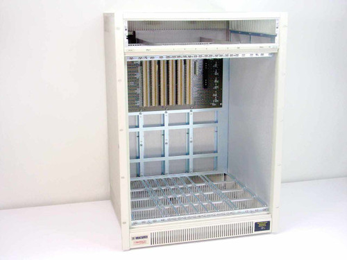 Cabletron Smartswitch 9000, 6 Slot Chasis  9C106