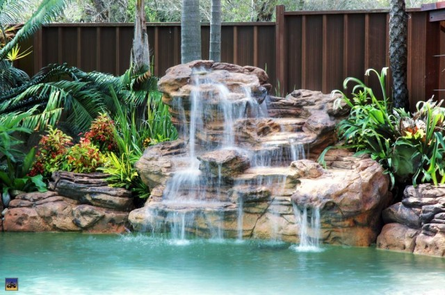 Universal Rocks - Serenity Waterfalls