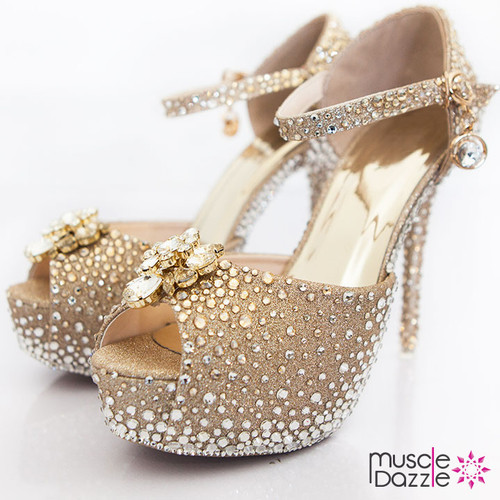 Glittery gold high heel platform pumps with gold and silver crystals
