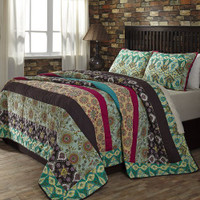 Capri Quilt with Two Shams
