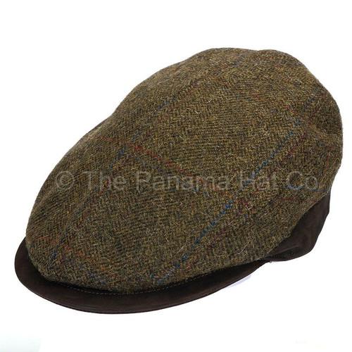 Woollen cap with leather brim