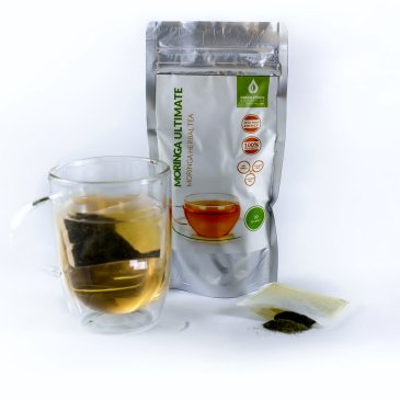 30-moringa-tea-bags-bag-in-water-o.jpg
