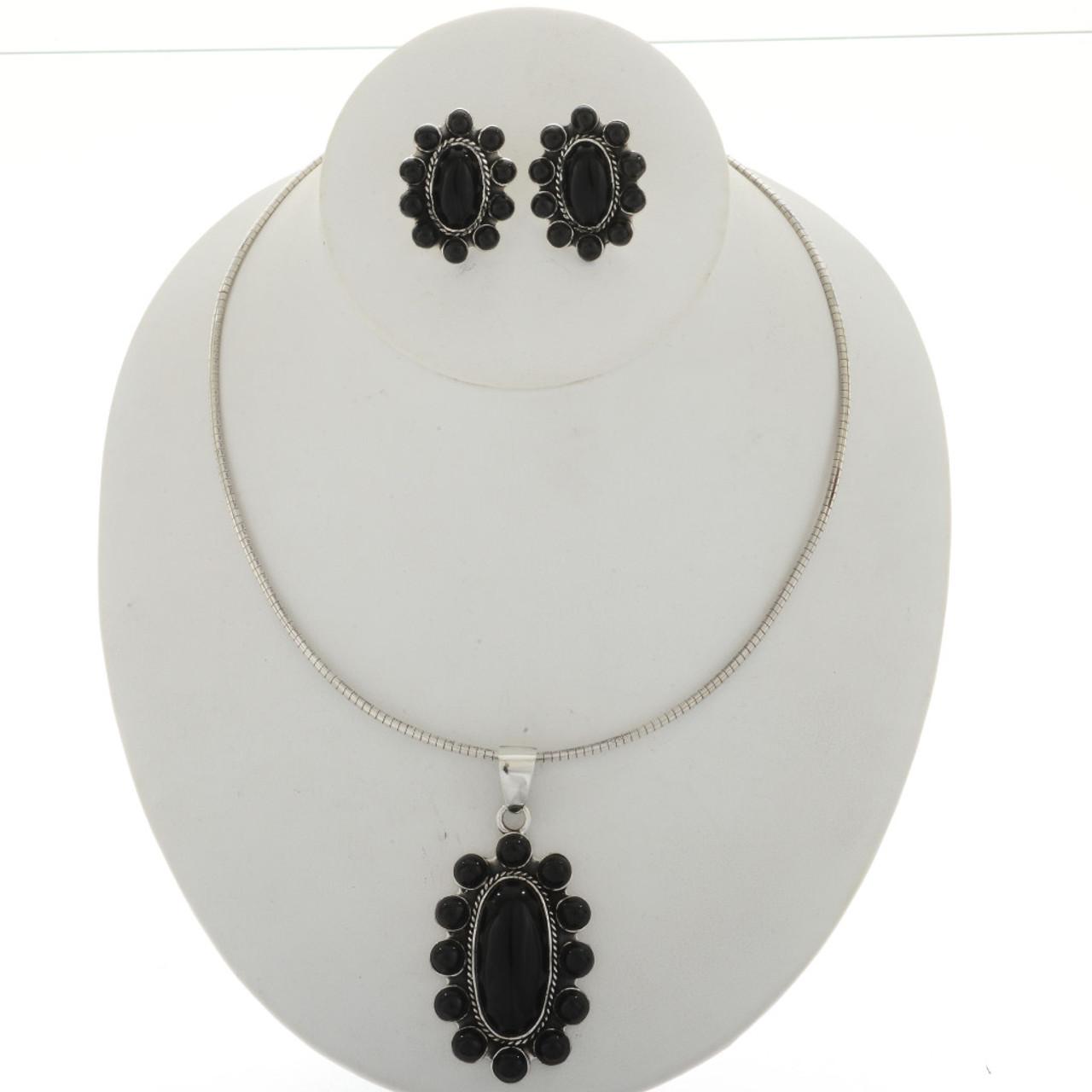 Black onyx silver cluster pendant necklace 2023 black onyx silver cluster pendant necklace2023 aloadofball Images