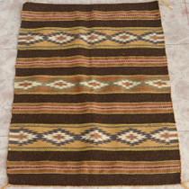 Traditional Navajo Rug 27112