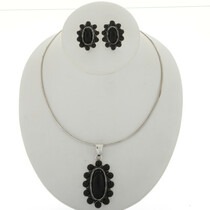 Black Onyx Silver Cluster Pendant Necklace2023