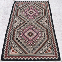 Extremely Fine Vintage Navajo Rug 31129