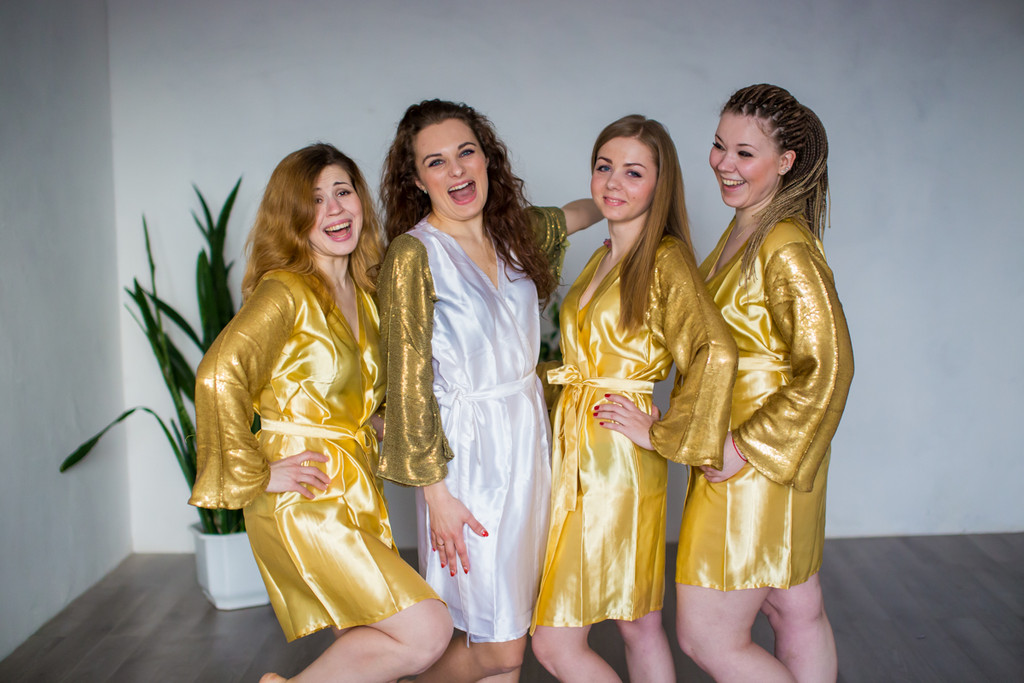 Royal Gold Shimmery-Sparkly Robes for bridesmaids | Getting Ready Bridal Robes