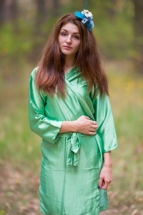 Plain Silk Robes for bridesmaids - Solid Green Color   Getting Ready Bridal Robes