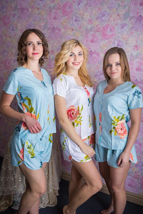 U-shaped neckline PJs in Smiling Blooms Pattern