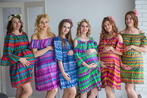 Mommies in Geometrica Shift Dresses