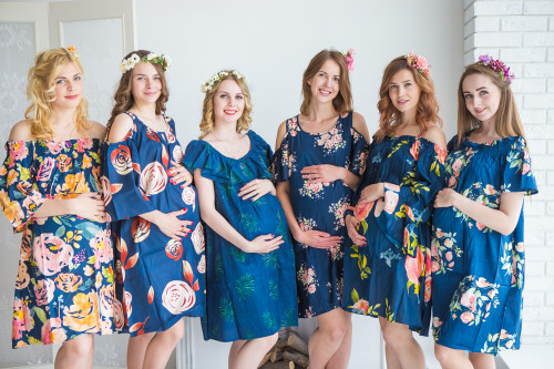 Mommies in Navy Blue Shift Dresses