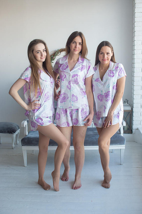Notched Collar Style Pj Sets in White Lilac Blushing Flowers Pattern