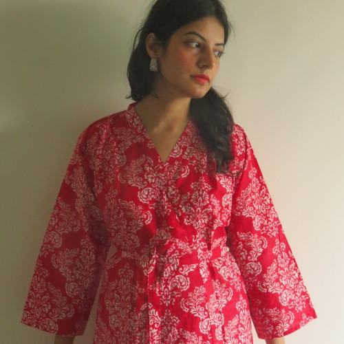 Red Damask Robes for bridesmaids | Getting Ready Bridal Robes