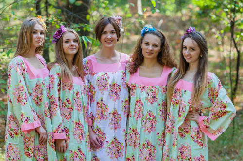Fire Maiden Style Kaftans for bridesmaids to get ready in