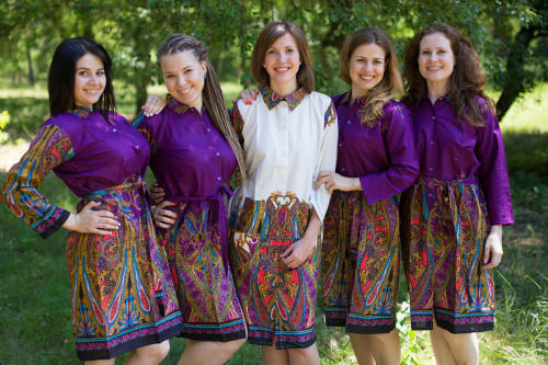 Cheerful Paisleys Housecoats for bridesmaids to get ready in