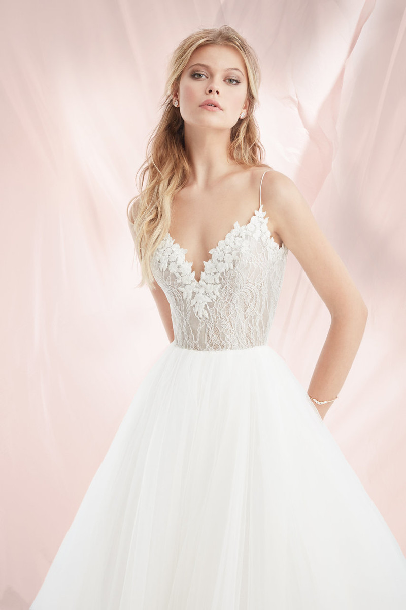 Blush by hayley paige dress brier 1818 blush bridal junglespirit Choice Image