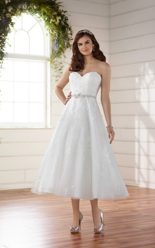 Essense Of Australia Wedding Dress D2231