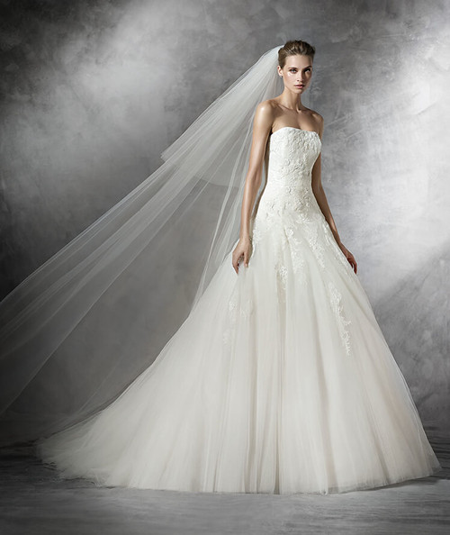 Pronovias Wedding Dress Barroco