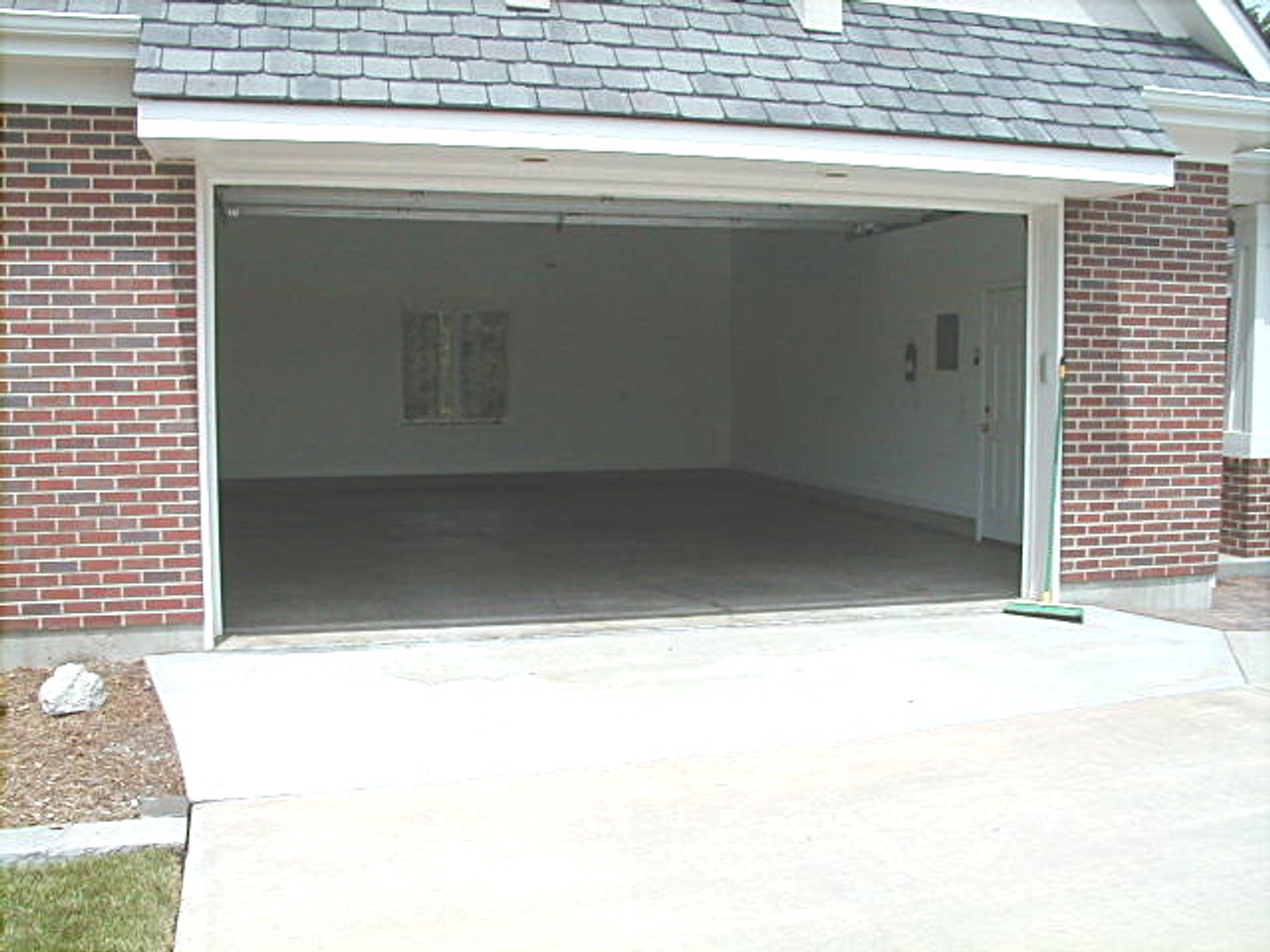 SealGreen Garage Floor sealer does not make the surface of the concrete slippery